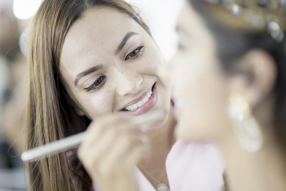 Pourquoi suivre une formation en maquillage permanent ?