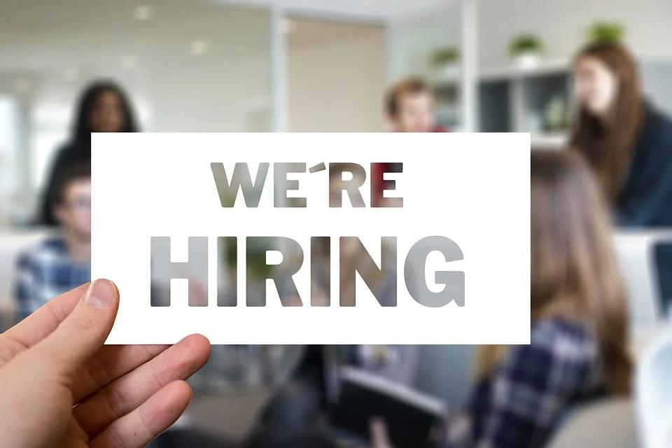 Décrocher un entretien d'embauche facilement : 3 conseils pour rédiger son CV
