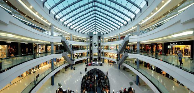 Les vigilances à avoir avant d'investir dans un local de centre commercial