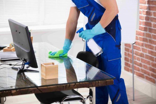 Comment bien nettoyer les bureaux et leurs différents espaces ?