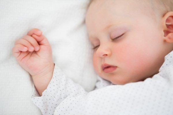 Tout ce que vous devez savoir sur le sommeil de bébé