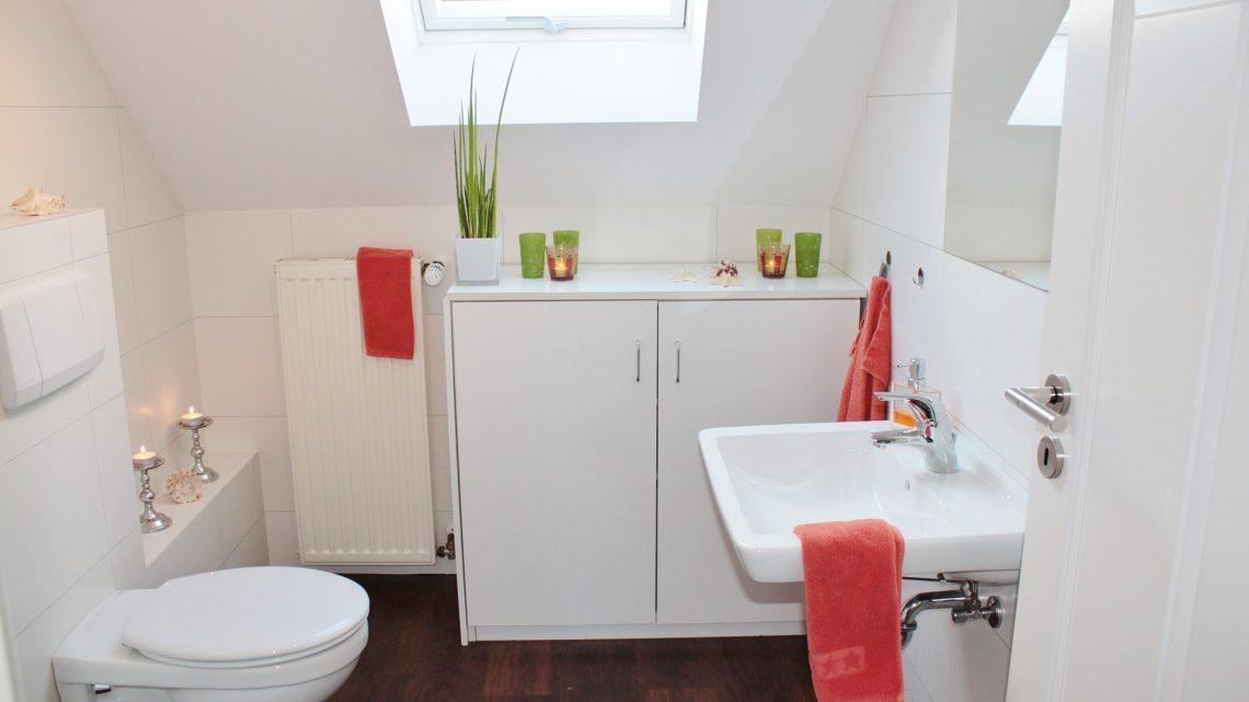 Déboucher une toilette sans piston?